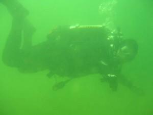 Cave Diver Bouyancy Control