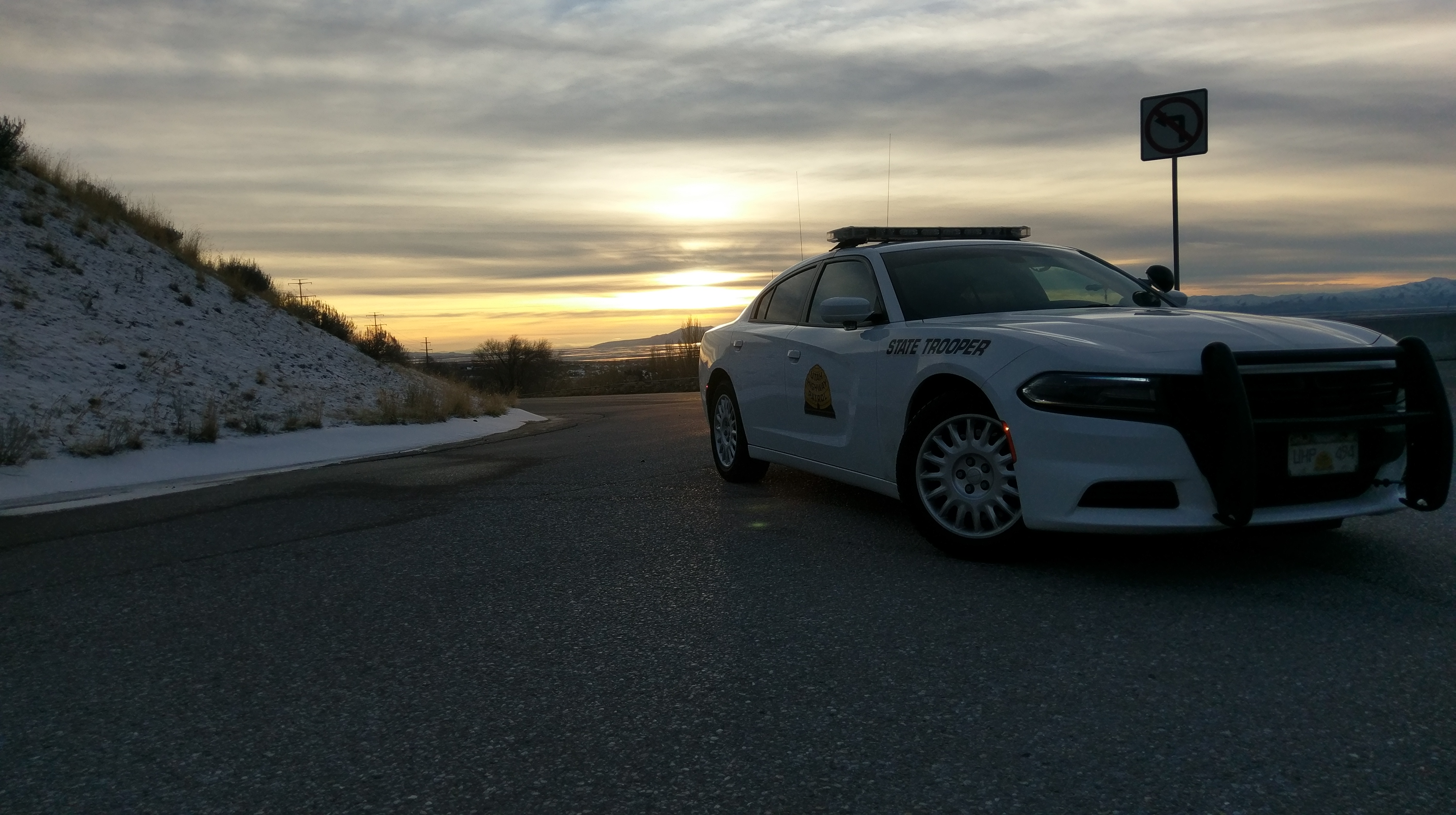Photo of UHP Charger at the brake check at the mouth of Sardine Canyon